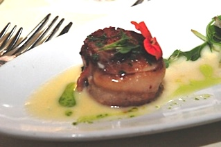 SCALLOPS AT THE OAK ROOM