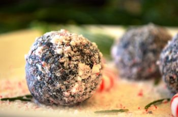 Peppermint Dusted Cocoa Balls